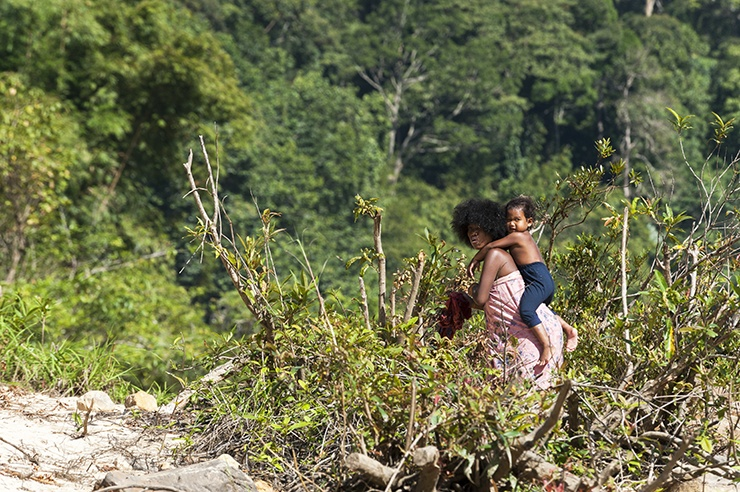 Taman Negara Orangasli Mother with child