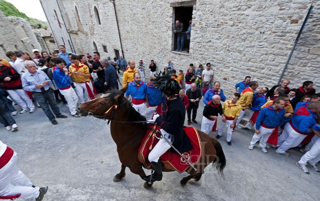 Ceri Di Gubbio On Horse Back