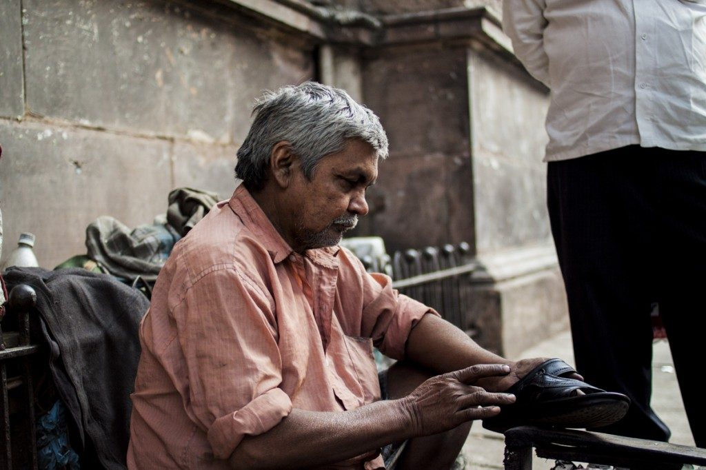 Calcutta shoeshiner