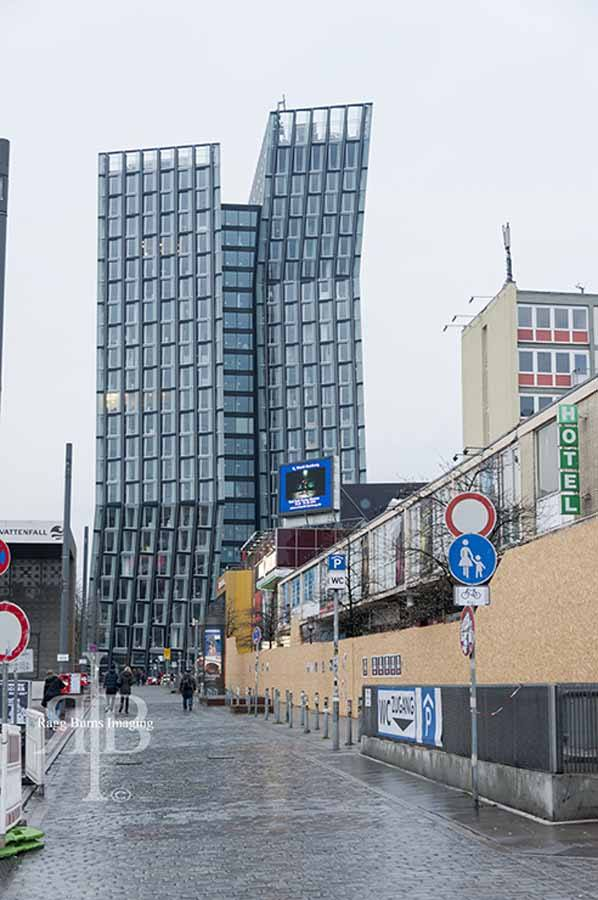 Hamburg-St-Pauli-Tour-Nem-Building