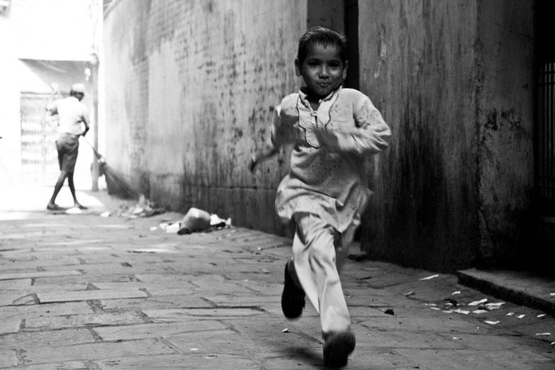 Varanasi boy running