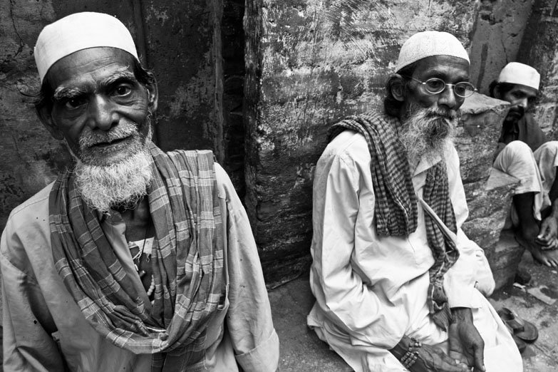 Varanasi Muslim men sitting madanpura