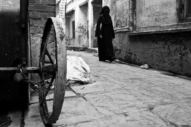 Varanasi Muslim woman madanpura