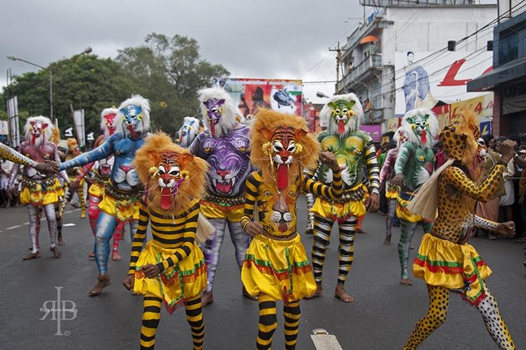 India Pulikkali tiger kids