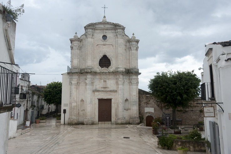 Monte Sant'Angelo church ss trinità