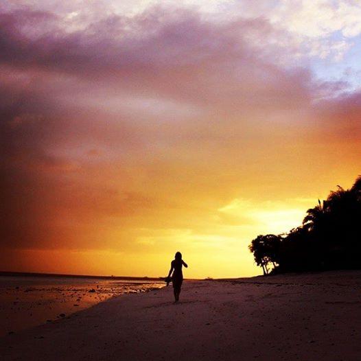 beach sunset weroam winners