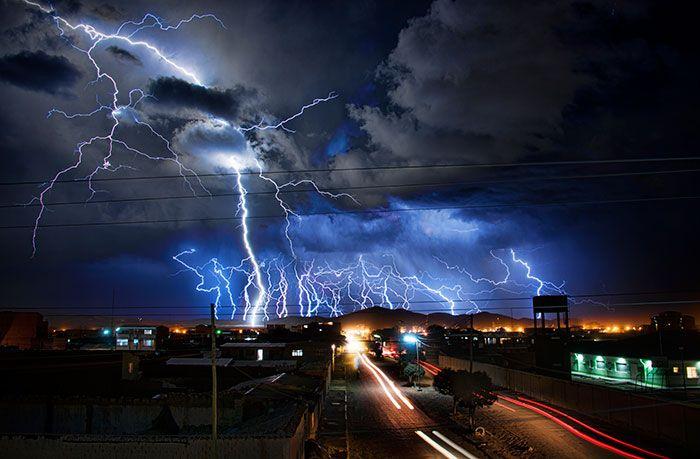 lightning storm uyuni