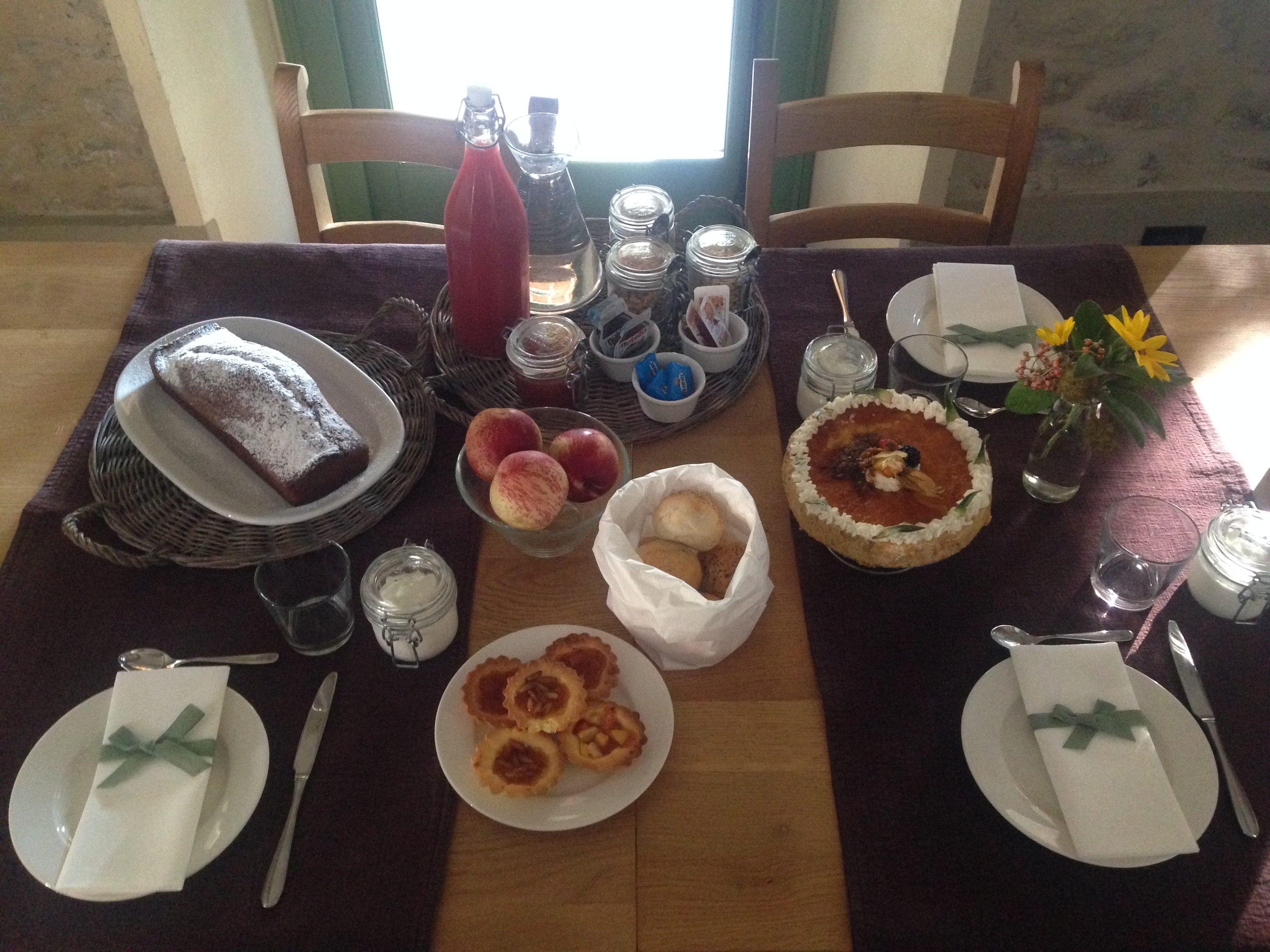 Borghetto di Brola breakfast