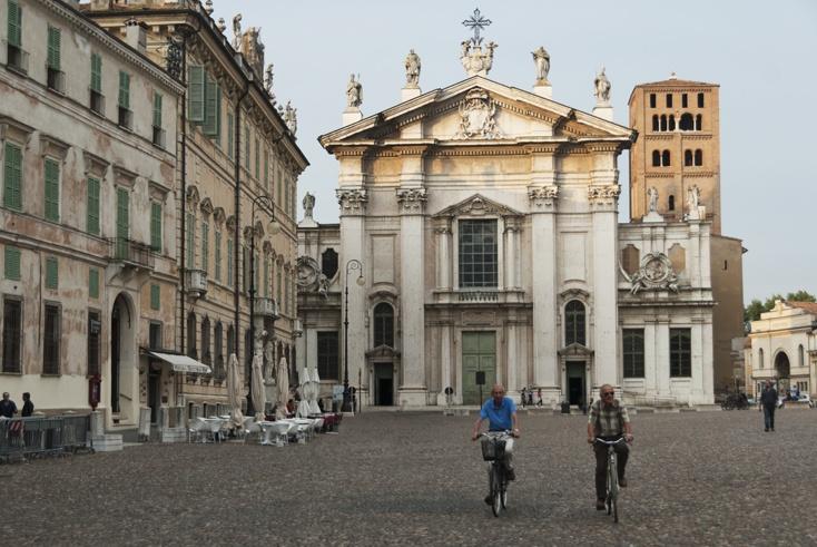 Mantua piazza sordello
