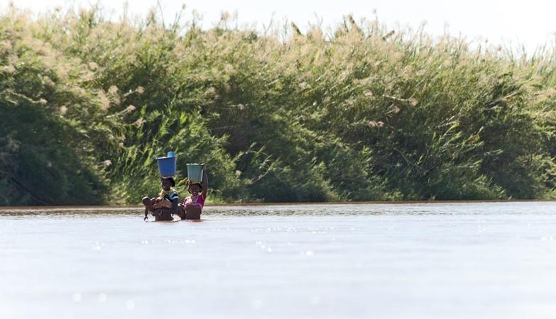 Madagascar Tsiribihina River 2 Ladies in the Water