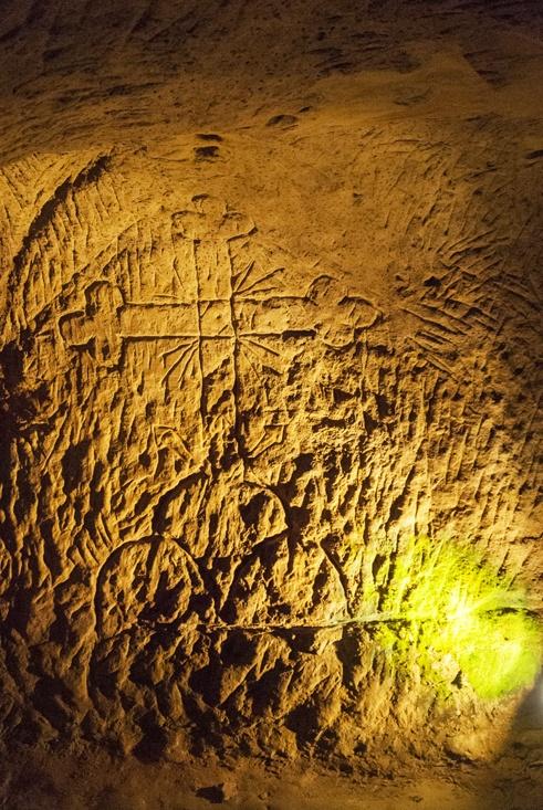 underground city of osimo cross