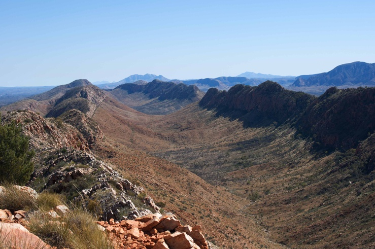 larapinta trail australia