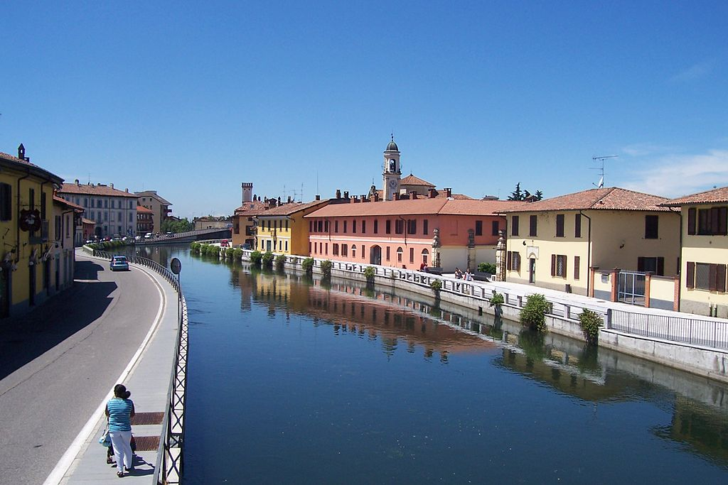 free things to do Milan navigli