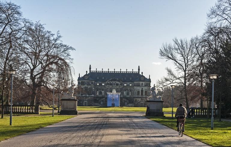 grosser garden palace back