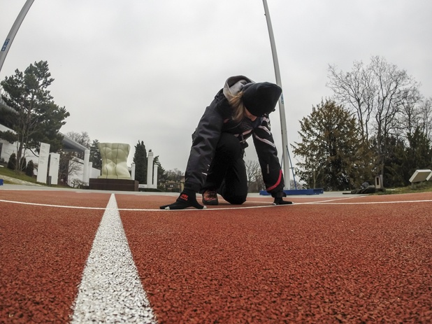 running 100 meters olympic museum
