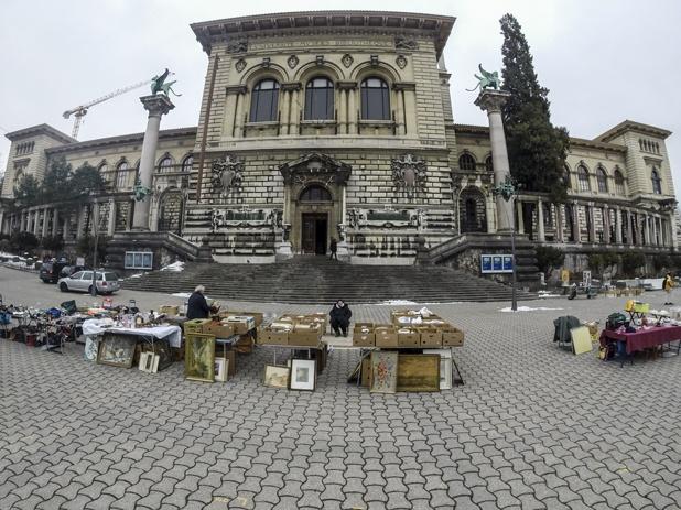 lausanne flea market