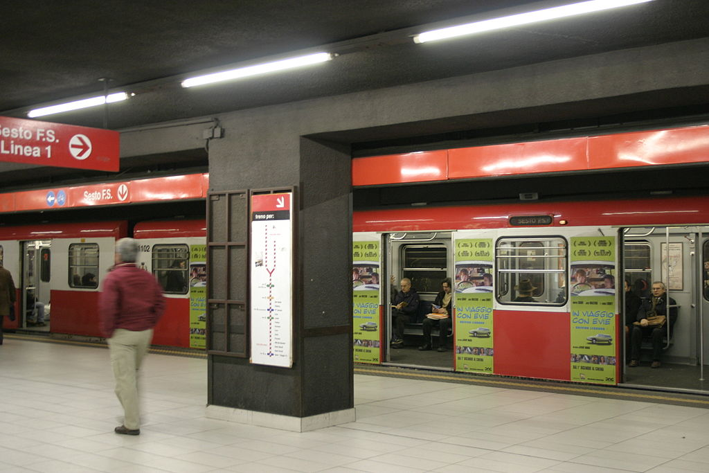 milan metropolitana red line M1