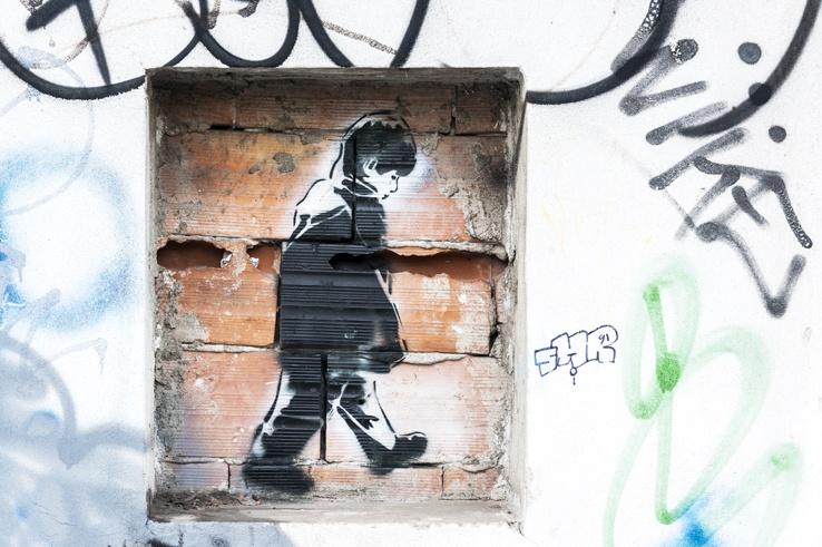 street art leoncavallo stencil