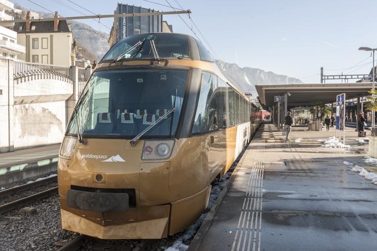 panoramic train goldenpass