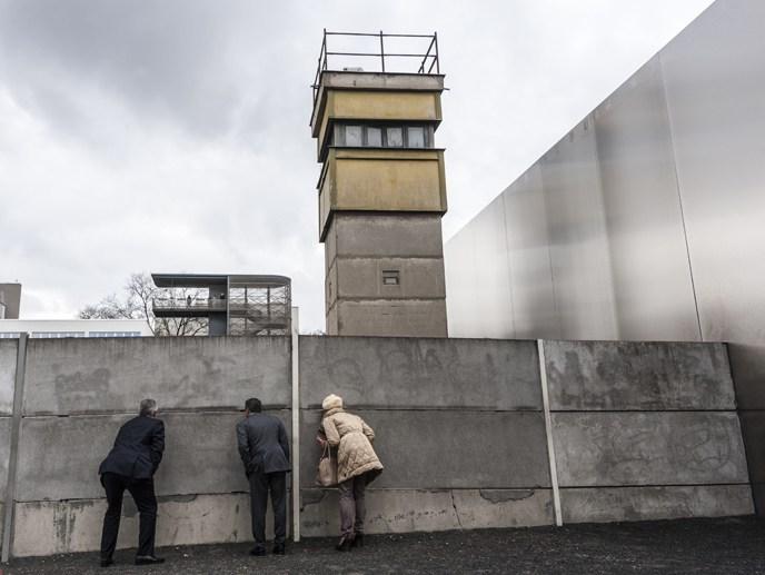 walking the berlin wall