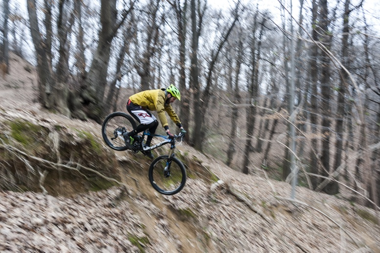 il ciclista di candelo mountain bike