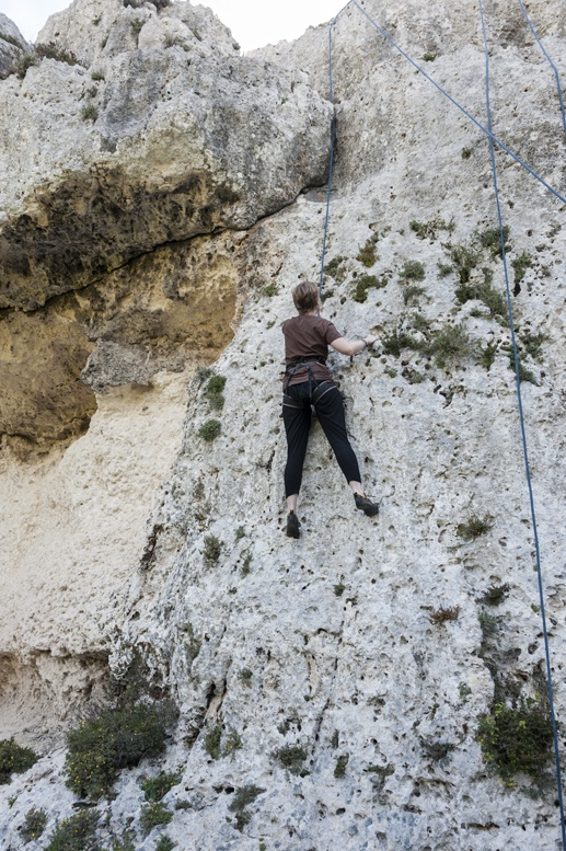 flake out walls climbing mgarr ix xini gozo