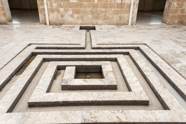 azafran monastery fountain