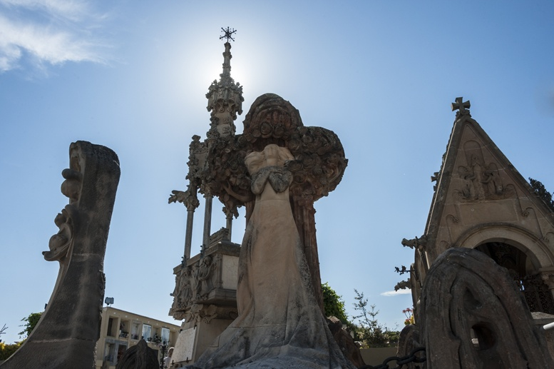 modernist cemetery lloret