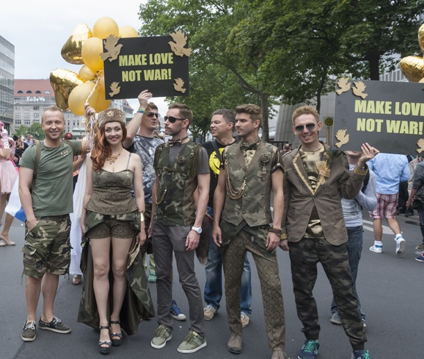 Berlin gay Pride russian
