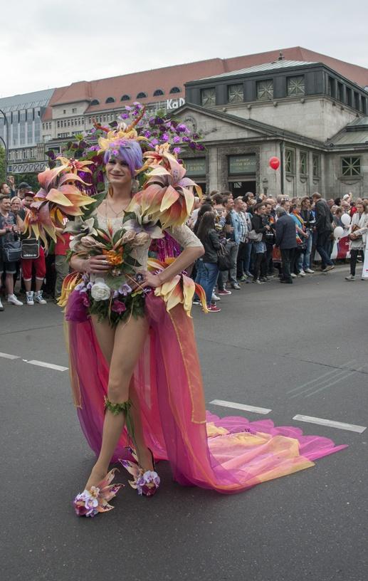berlin gay pride drag queen