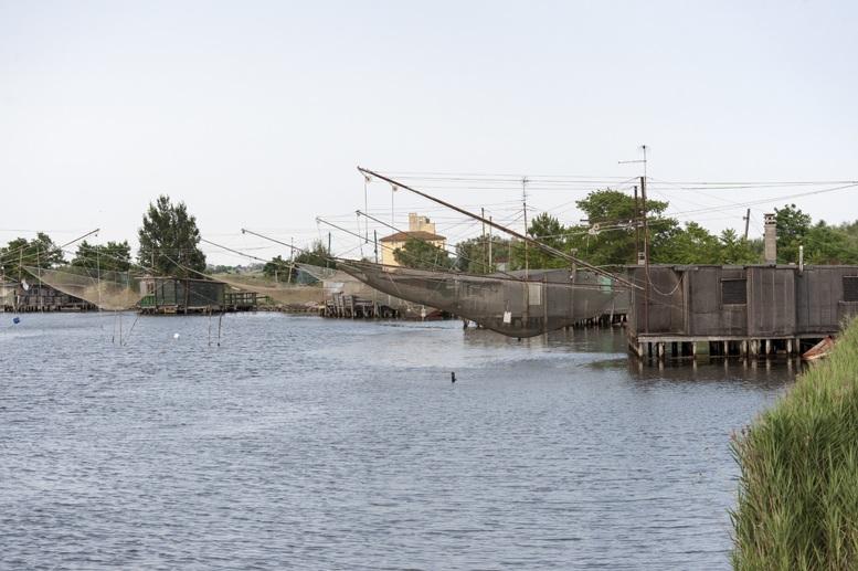 fishing huts po delta