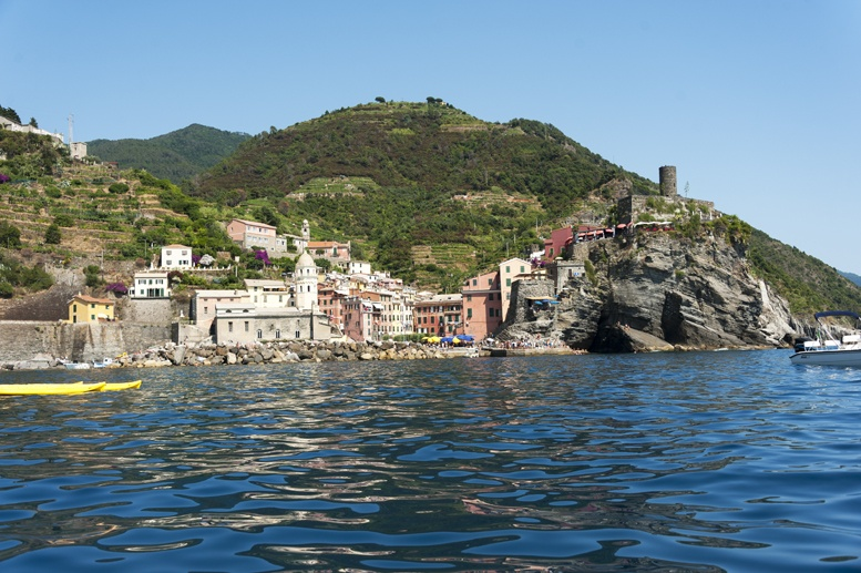 vernazza cinque terre from sea
