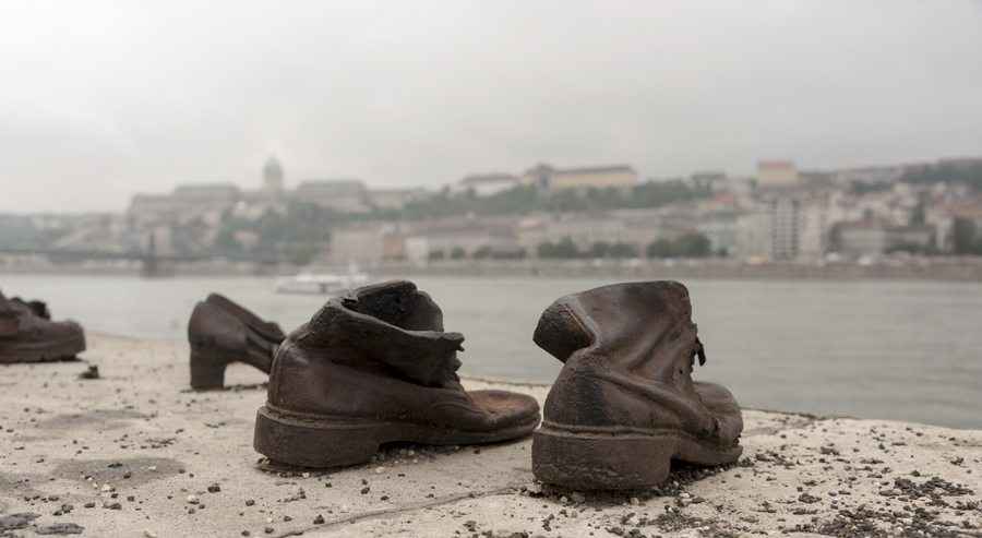 shoes on the danube budapest 1