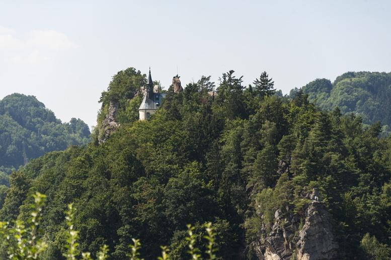 czech castle church mala skala