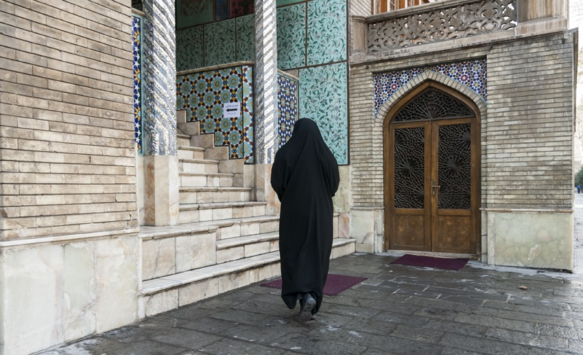 iran tehran passer-by mosque