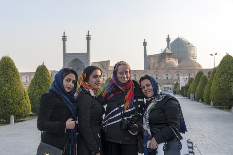 visit iran isfahan friendly ladies