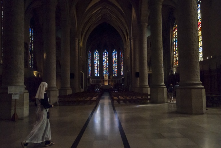 luxembourg city cathedral nun