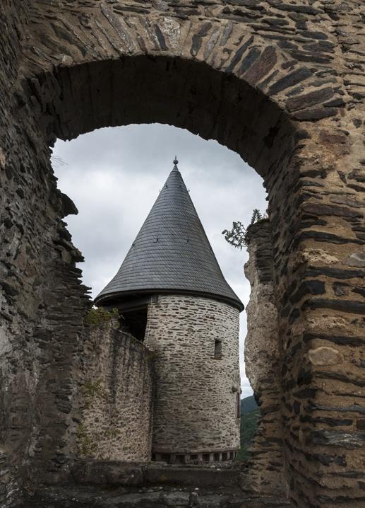 luxembourg castles bourscheid 2