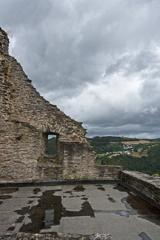 bourscheid castle ruined walls
