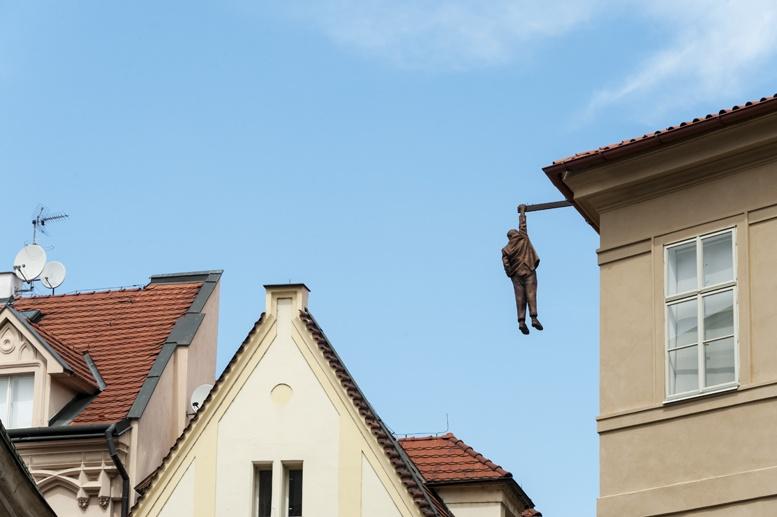 hanging freud david cerny 2