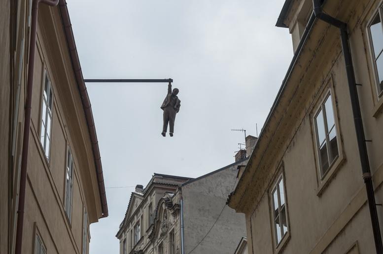 hanging freud david cerny