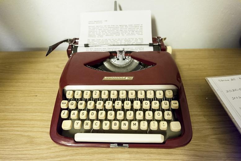 jalta shelter typewriter