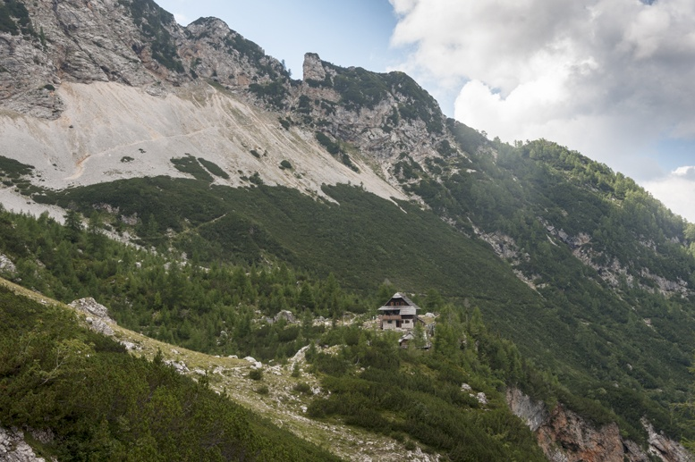 hiking slovenia mountain hut