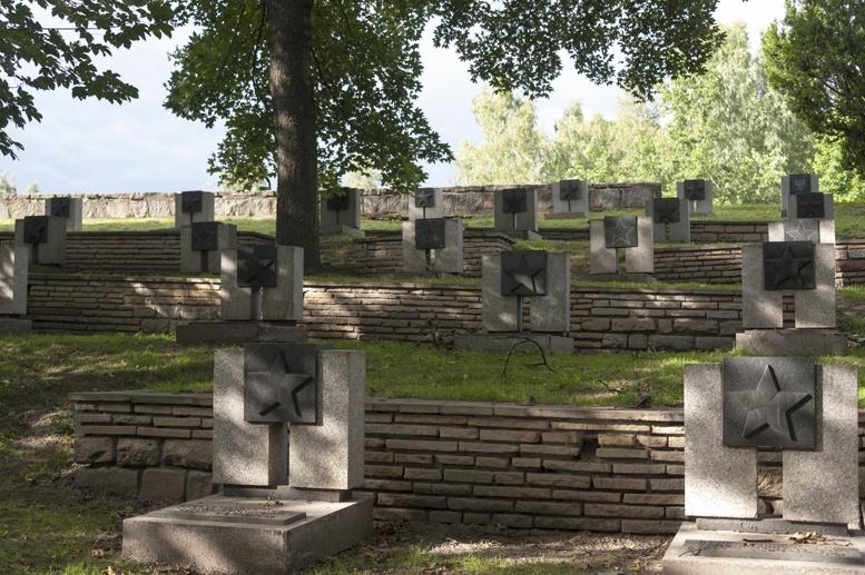 poznan cytadela soviet cemetery