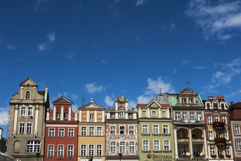 48 hours in poznan old market square