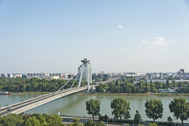 snp most bratislava