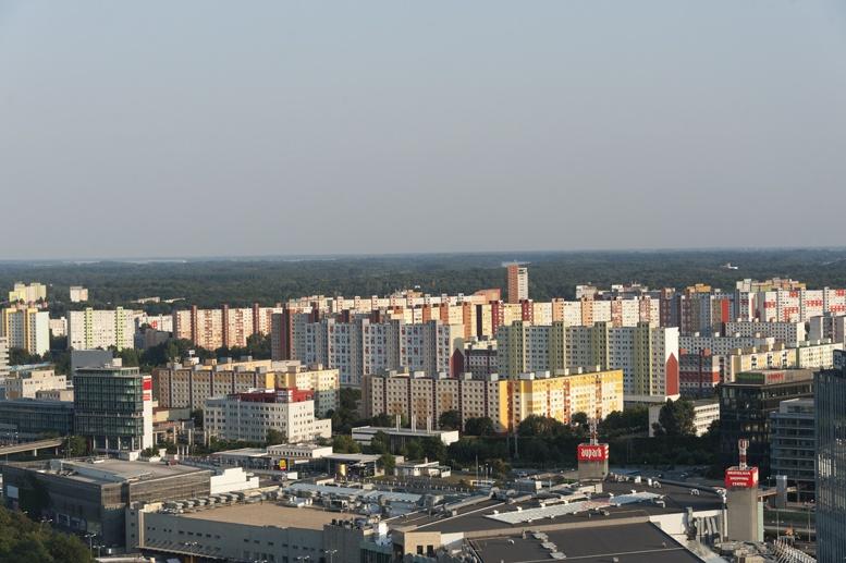 petrzalka communist bratislava buildings