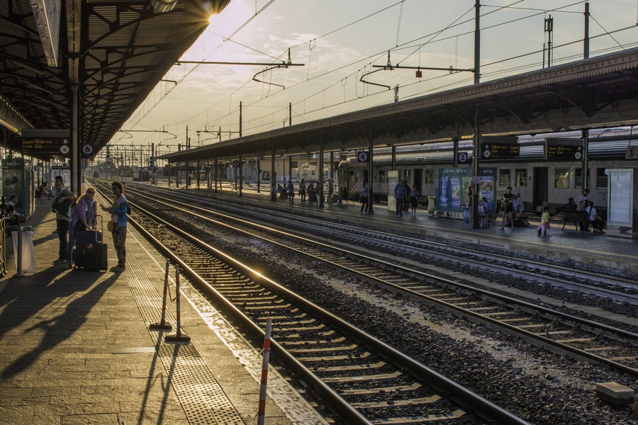 verona train station sunset