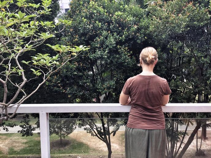 naumi liora balcony