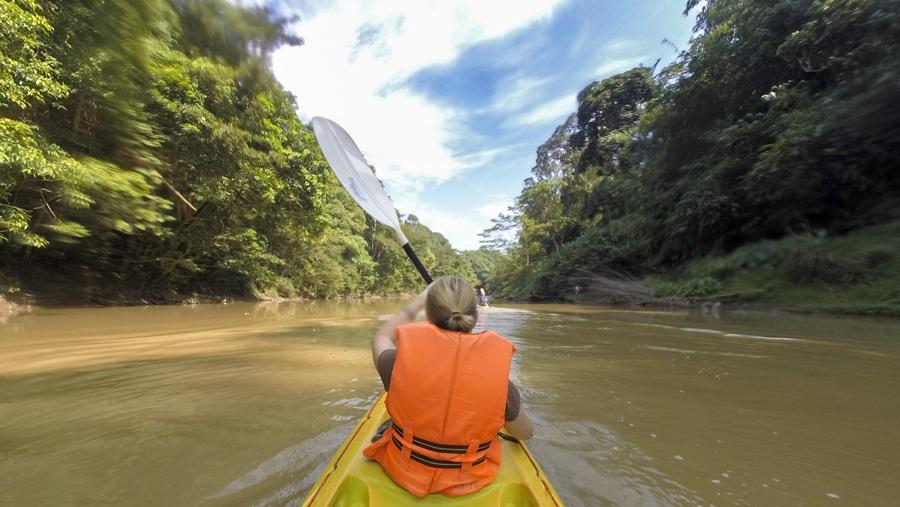 adventures in Borneo Kayaking in sarawak